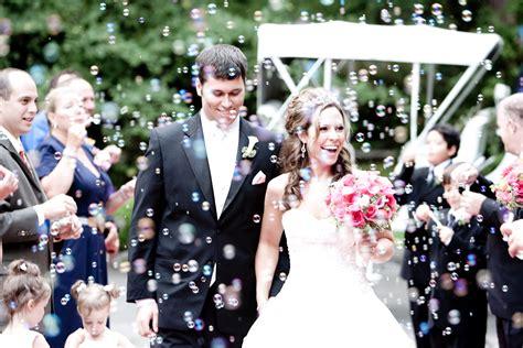 Wedding Bubbles by Weddings Dj Rockin