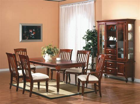 Coffee Table: cherry dining room sets traditional design ideas Round Cherry Dining Table With