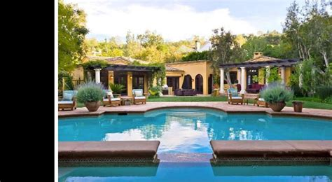charlie sheen house charlie sheen picks up third house in gated enclave variety