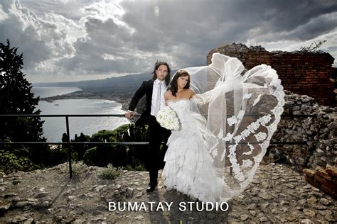 Professional Wedding Pictures by Best Destination Wedding Photographer