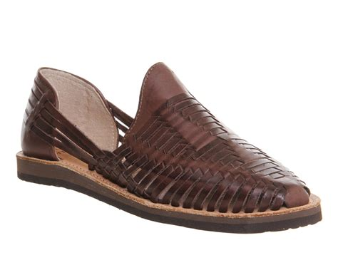 sandals closed toe womens chamula cancun closed toe sandal brown leather