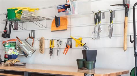 how to organize your garage tools comment organiser garage canadian tire