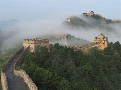 Buku Impor Great Wall China Against The World 1000 Bc Ad 2000 7 border walls history lists