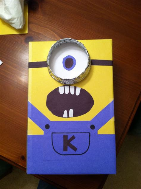 how to make a minion valentines day box