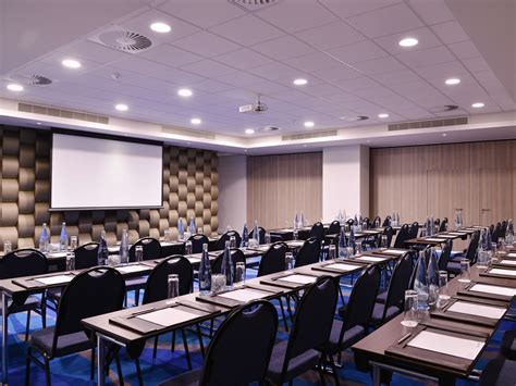 Top Conference Venues in Navi Mumbai For a Complete