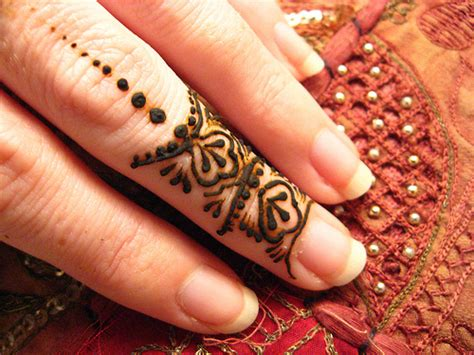 easy henna tattoo designs for fingers the fashion time simple mehndi designs for fingers