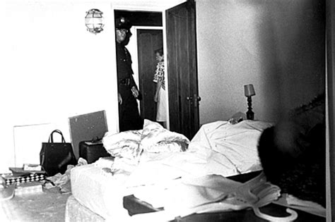Marilyn Bedroom Where She Died 5 conspiracy theories about the of marilyn and grotesque