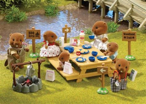 sylvanian families woodland picnic set   waters beaver family sylvanian families