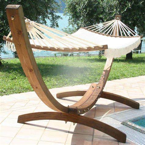 amaca da giardino con supporto supporto in legno lamellare di pino trattato per esterno