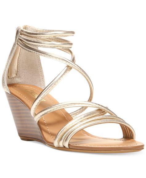 carlos by carlos santana venice wedge sandals in metallic