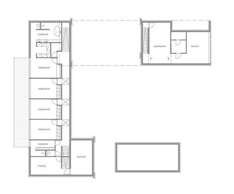 U Shaped House With Courtyard by Gallery Of House L Grosfeld Van Der Velde Architecten 10
