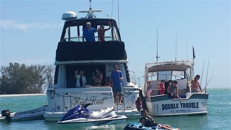 pontoon boat rental venice fl 941 505 8687 gulf island tours offers boat tours yacht