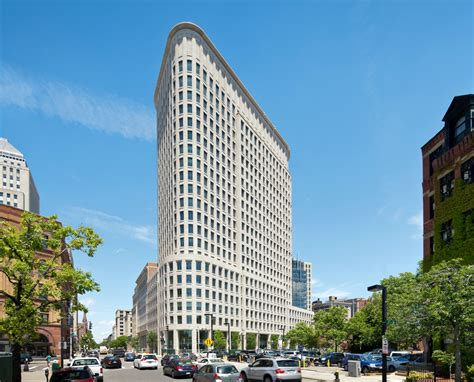 Liberty Mutual Expands Home Office in Boston With Ribbon