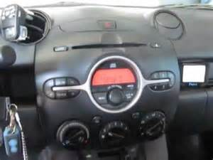 mazda 2 του 2009 με car kit bluetooth usb ipod aux in