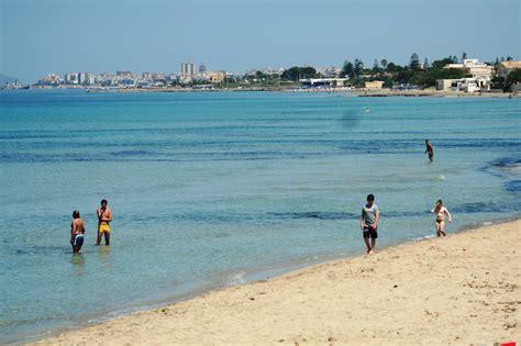 spiagge testo pulizia delle spiagge di marsala via libera all appalto
