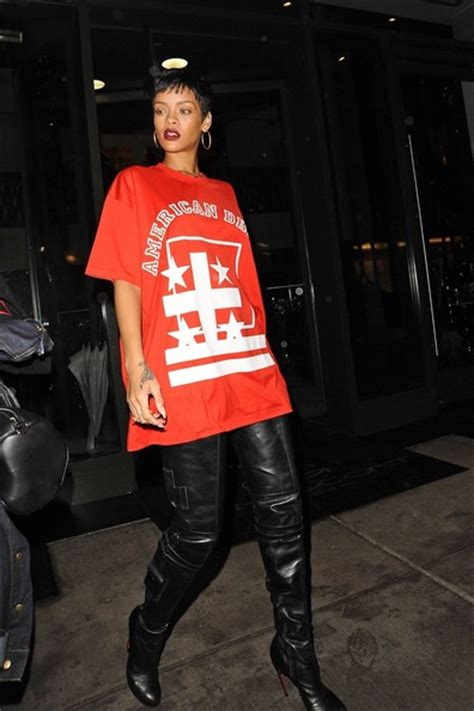 Rihanna Urban Style - salty pepa 80 s 90 s urban style oversize tee thigh high boots