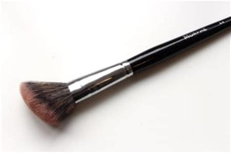 Morphe E4 Angled Contour my favourite morphe brushes made up product reviews makeup tutorial