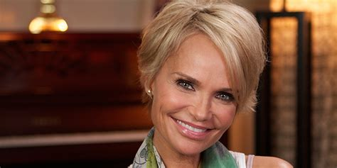 Kristin Chenoweth On Her Pixie Cut: 'It's Freeing' (VIDEO)