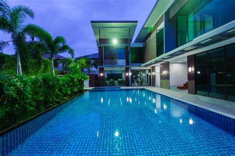 huge backyard pool 50 backyard swimming pool ideas ultimate home ideas
