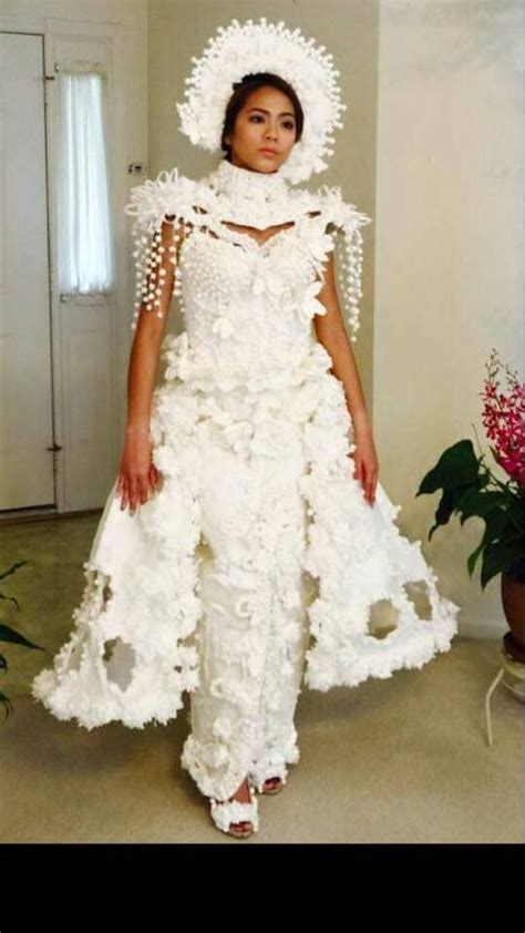 How To Make A Dress Out Of Tissue Paper - wedding dresses made completely out of toilet paper