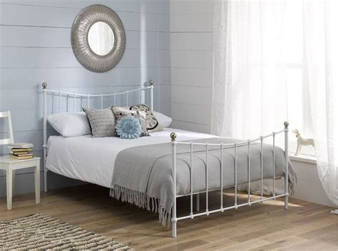 Decorating Bedrooms With Metal Beds by Best 25 White Bed Frames Ideas On White