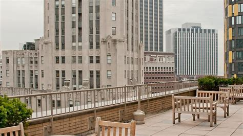 Apartments Nyc Doorman Building Sublet In 3 Br High Rise Doorman Building Room To Rent