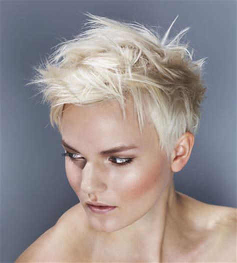 cropped haircuts for women over 50 pictures of short cropped hairstyles over 50 short