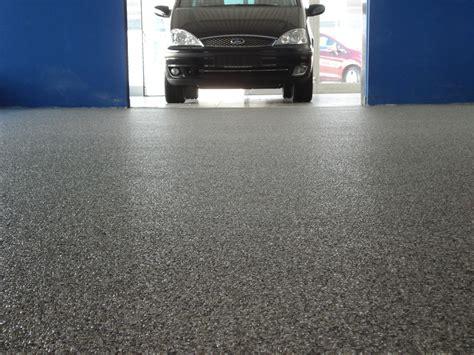 bodenbelag garage gewerblich steindesign kieselbeschichtung steinteppich