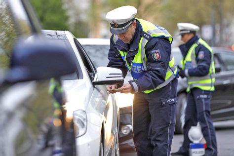 Motorrad Fahren Ohne Fahrerlaubnis Strafe by Fahren Ohne Fahrerlaubnis Strafen Autobild De