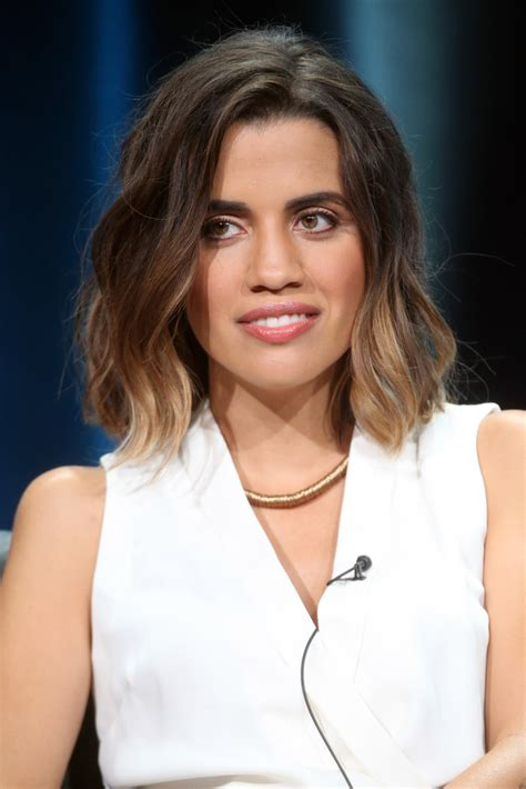 natalie morales hair fall 2015 natalie morales in 2015 summer tca tour day 10 zimbio