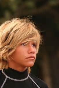 surfer hairstyles 25 best ideas about boys surfer haircut on pinterest