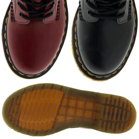 Sepatu Dr Martens 8hole Black 楽天市場 dr martens wmns 8hole boot black cherry red 送料無料