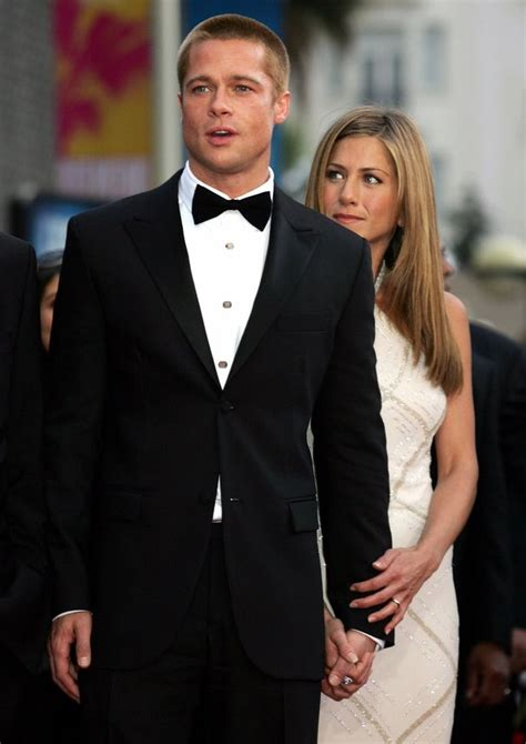 Lepaparazzi News Update Strollin Along With The Pitts by Will Aniston Get Back With Brad Pitt Fans Urge