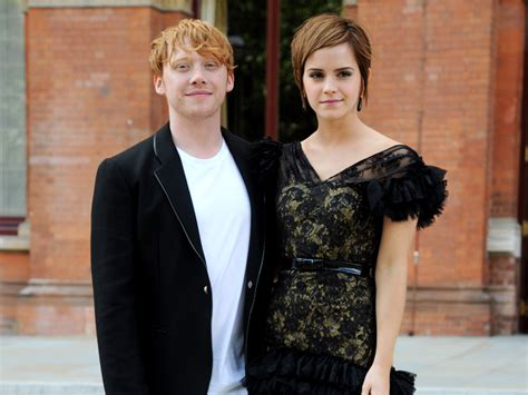 emma watson rupert grint rupert grint didn t enjoy kissing emma watson in harry