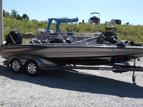 leitchfield ky boat dealers 2008 triton 21 x2 21 foot 2008 triton boat in