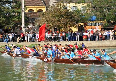new year boat races new year boat race in hoi an news vietnamnet