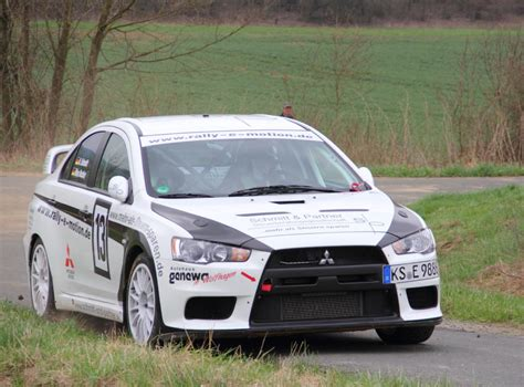mitsubishi evo rally car mitsubishi lancer evolution 10 all racing cars