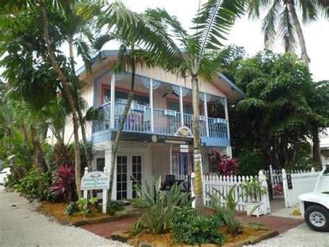 sanibel island bed and breakfast lantana suite upstairs