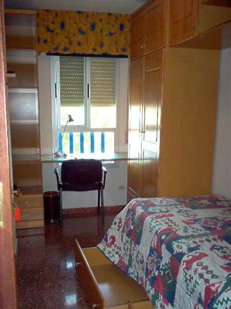 alquiler habitacion granada alquiler de habitacion en piso compartido en granada