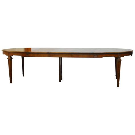 Baker Furniture Dining Table Baker Collection Walnut Dining Table At 1stdibs