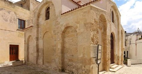 chi ha costruito la cupola di san pietro bisanzio la chiesa di san pietro otranto