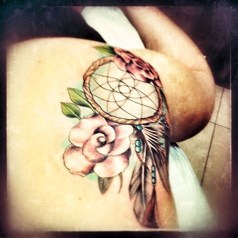 dream catcher tattoo on back dreamcatcher tattoos on shoulder www pixshark