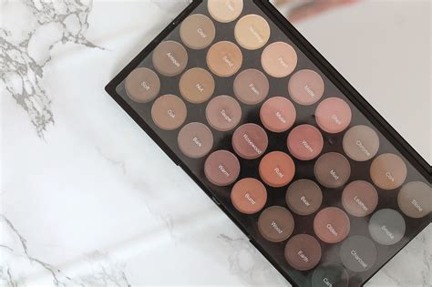 Eyeshadow Revolution makeup revolution flawless matte palette review swatches whatlucyloves