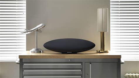 zeppelin design app b w zeppelin wireless an iconic design smooth sounds
