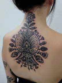 Tattoo Back And Neck | amazing floral back and neck tattoo best tattoo ideas