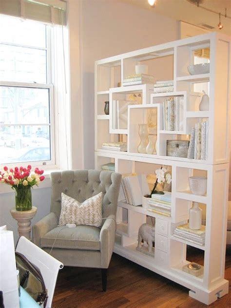 Tempat Perkakas 18 Sekat desain lemari sekat apartemen keren aparumah