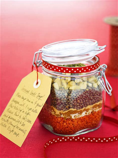 inexpensive homemade christmas gift food 96 great homemade gift in a jar recipes tip junkie