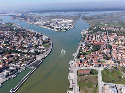 ravenna porto panoramio photo of porto di ravenna