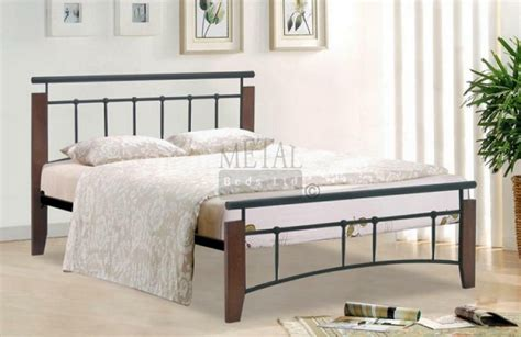 Metal Beds Kentucky 4ft 120cm Small Double Black And 120cm Bed Frame