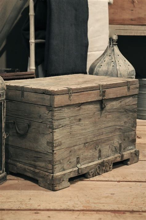 jon peters woodworking how to build a rustic blanket chest woodworking projects